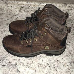 New timberland hiking boots